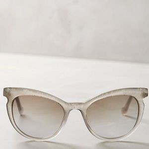 Anthropologie ett:twa Swanhild Sunglasses
